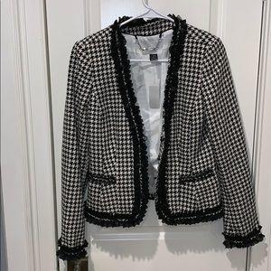 EUC!! Whitehouse Black Market blazer size 6